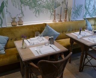 Brasserie Botanique tafel