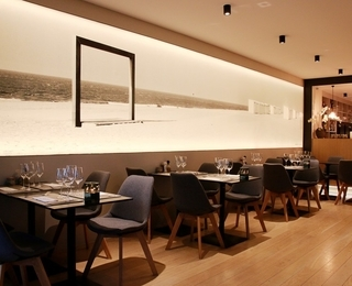 Brasserie Couteau interior