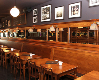Brasserie Falstaff interieur