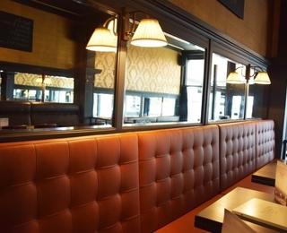 Brasserie Falstaff tafel