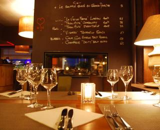 Brasserie Livingroom 102 tafel