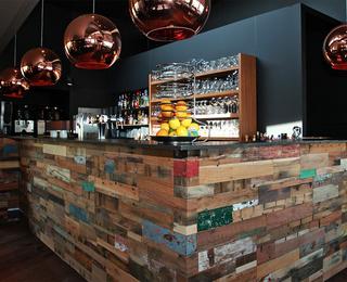 Brasserie Point Du Vue bar