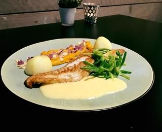 Chloé dish