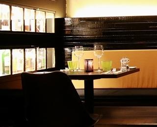 Eastcorner table