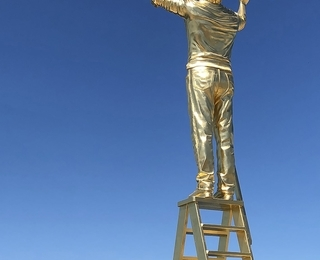 Jan Fabre, The man who measures the clouds, monument to the measure of the immeasurable