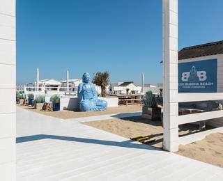 Blue Buddha ingang