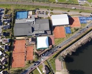 Luchtfoto Tennisclub Duinbergen