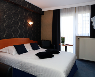 room Hotel Figaro