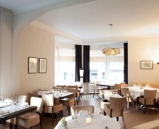 Restaurant Du Soleil interior