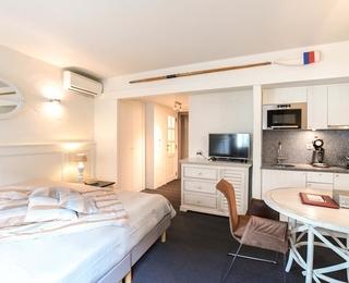 room Logies De Laurier