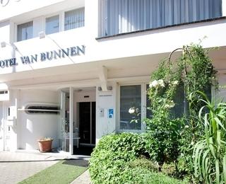 gevel Hotel Van Bunnen