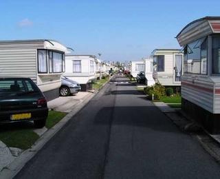 Camping Zilvermeeuw : residentiële woonwagens